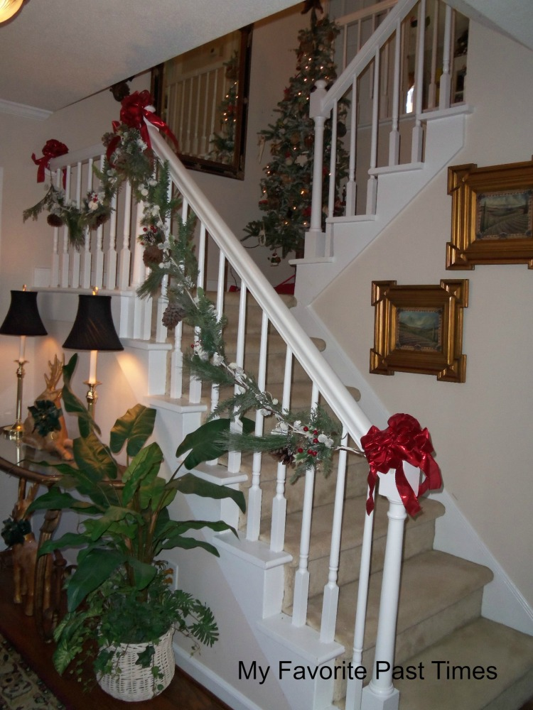 Christmas Decorations At My House (4/6)